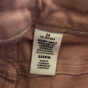 SIZE- 24 H&M Salmon Jeans